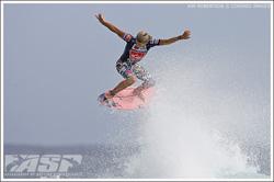 julian wilson pink surfboard