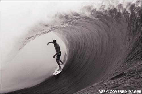 Bruce Irons Surfing Teahupoo