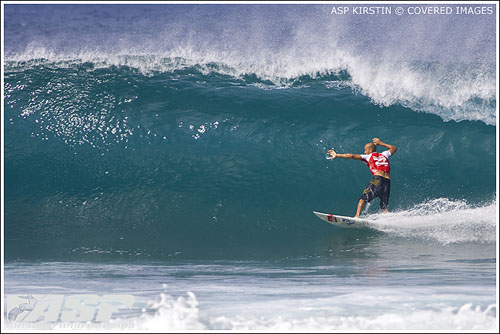 kelly slater wins pipeline masters