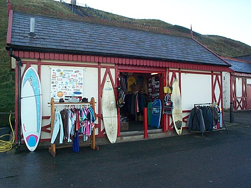 Surf clothing stores online